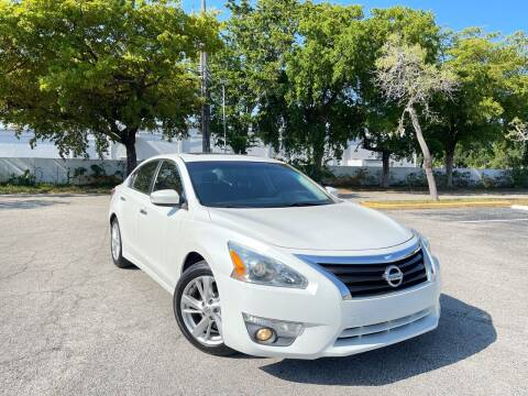 2013 Nissan Altima for sale at Citywide Auto Group LLC in Pompano Beach FL
