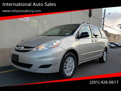 2008 Toyota Sienna for sale at International Auto Sales in Hasbrouck Heights NJ