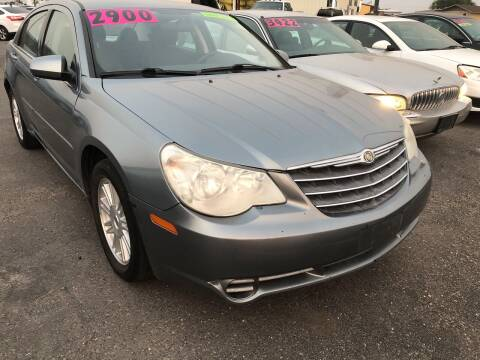 2008 Chrysler Sebring for sale at BELOW BOOK AUTO SALES in Idaho Falls ID