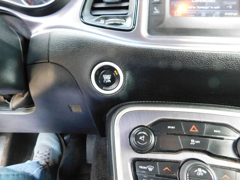 2015 Dodge Challenger SXT 2dr Coupe - San Antonio TX