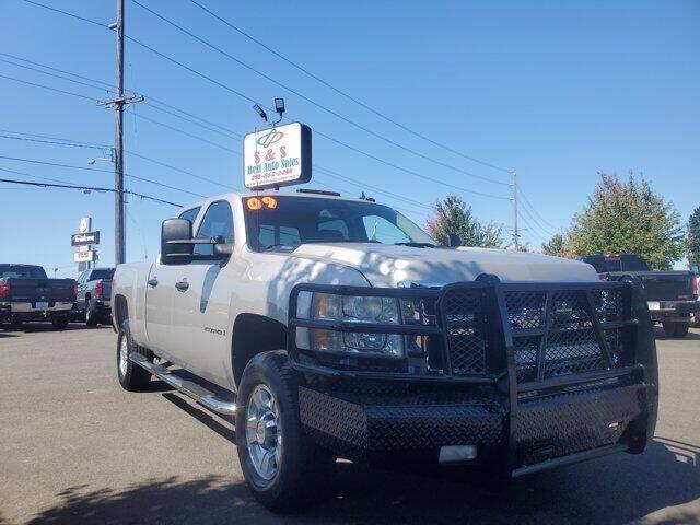 2009 Chevrolet Silverado 2500HD for sale at S&S Best Auto Sales LLC in Auburn WA