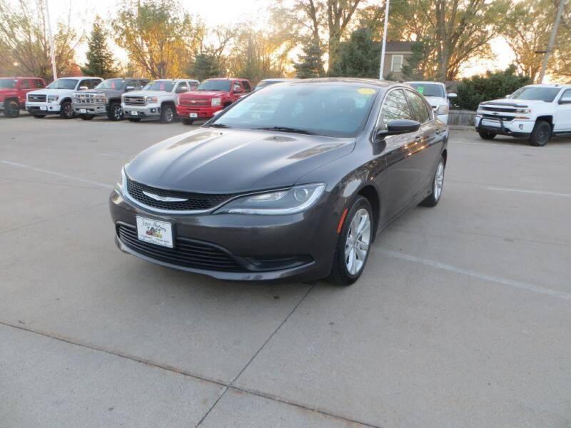 2016 Chrysler 200 for sale at Aztec Motors in Des Moines IA