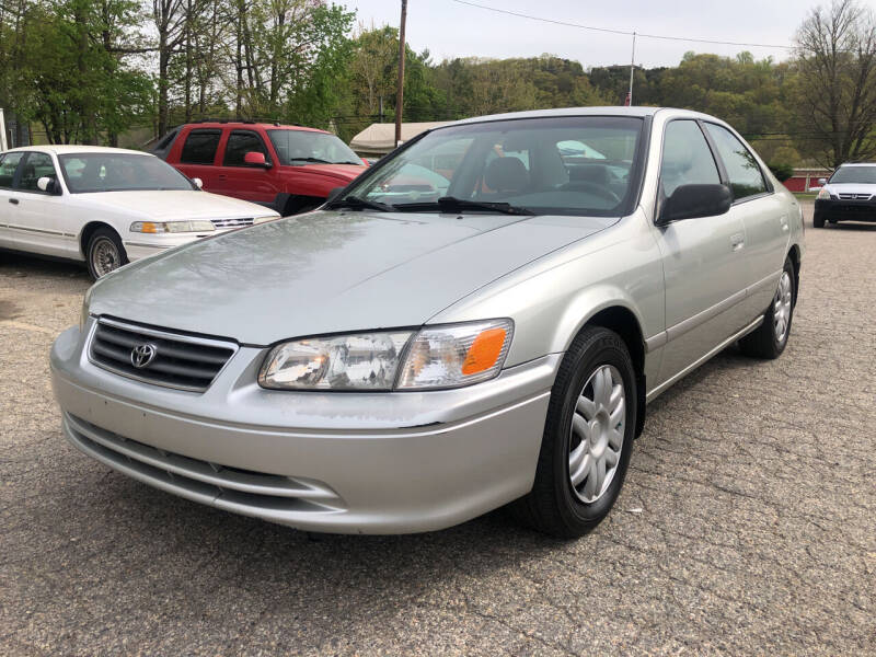 2000 Toyota Camry for sale at Used Cars 4 You in Serving NY