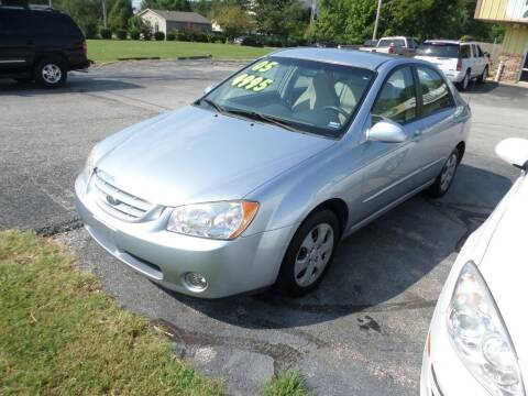 2005 Kia Spectra for sale at Credit Cars of NWA in Bentonville AR