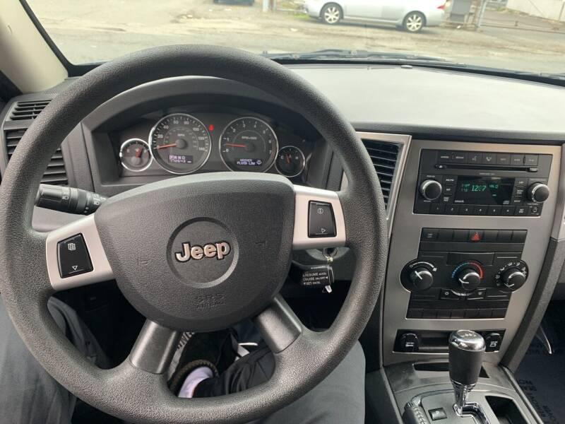 2009 Jeep Grand Cherokee 4x4 Laredo 4dr SUV - Paterson NJ