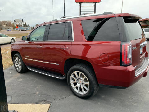 2017 GMC Yukon for sale at Welcome Motor Co in Fairmont MN