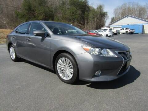 2013 Lexus ES 350 for sale at Specialty Car Company in North Wilkesboro NC