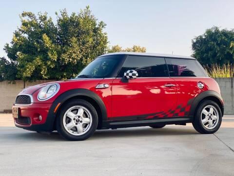 2010 MINI Cooper for sale at New City Auto - Retail Inventory in South El Monte CA