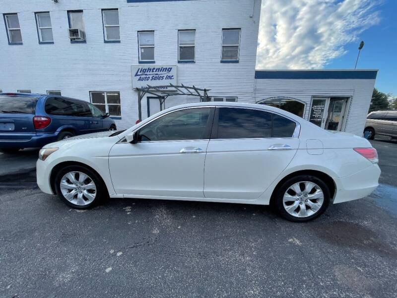 2008 Honda Accord for sale at Lightning Auto Sales in Springfield IL