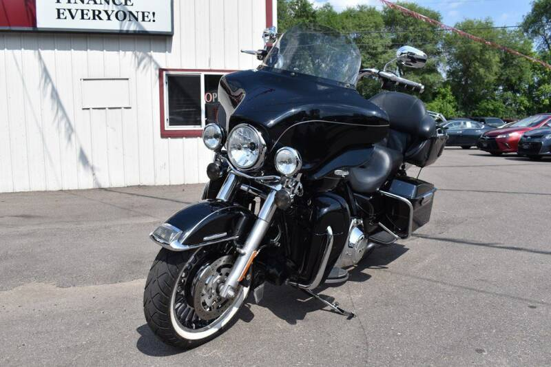 2011 HARLEY DAVIDSON RS for sale at Dealswithwheels in Inver Grove Heights MN