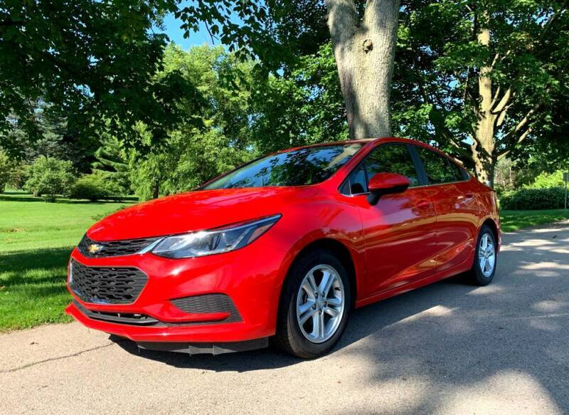 2017 Chevrolet Cruze for sale at Knowlton Motors, Inc. in Freeport IL