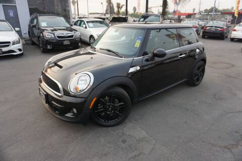 2013 MINI Hardtop for sale at Industry Motors in Sacramento CA