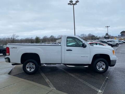 2010 GMC Sierra 2500HD for sale at Rick's R & R Wholesale, LLC in Lancaster OH