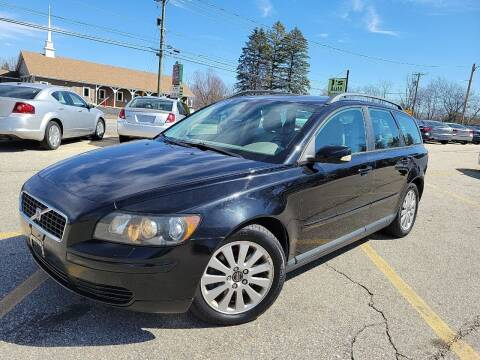 2005 Volvo V50 for sale at J's Auto Exchange in Derry NH