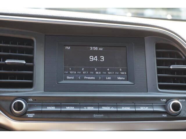 2019 Hyundai Elantra SE - South Berwick ME