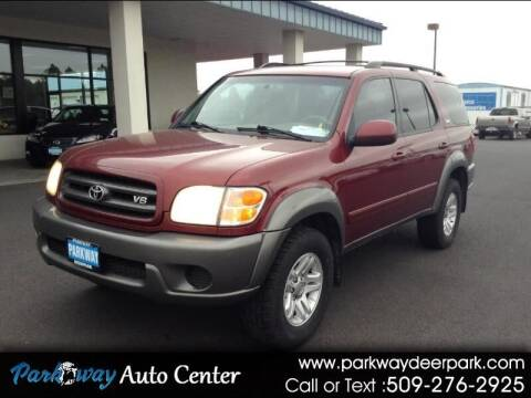 2004 Toyota Sequoia for sale at PARKWAY AUTO CENTER AND RV in Deer Park WA