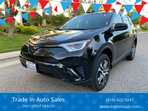 2018 Toyota RAV4 for sale at Trade In Auto Sales in Van Nuys CA