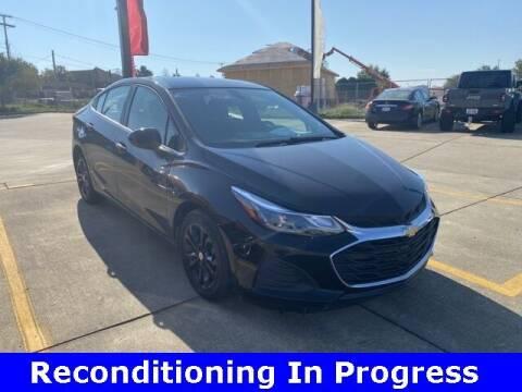 2019 Chevrolet Cruze for sale at Jeff Drennen GM Superstore in Zanesville OH