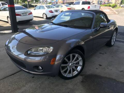 2007 Mazda MX-5 Miata for sale at Michael's Imports in Tallahassee FL