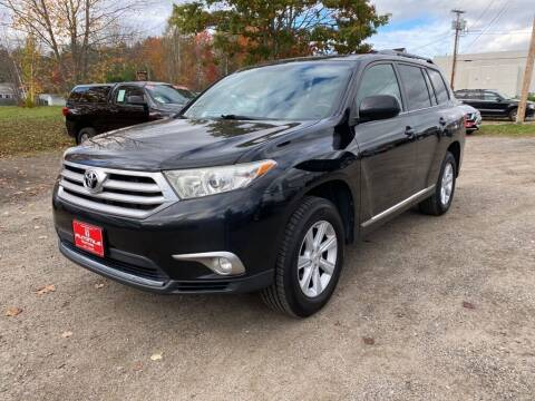 2012 Toyota Highlander for sale at AutoMile Motors in Saco ME