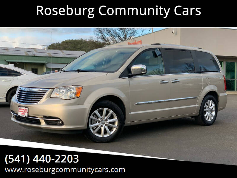 2015 Chrysler Town and Country for sale at Roseburg Community Cars in Roseburg OR
