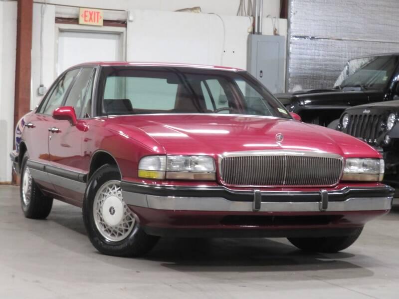 1992 Buick Park Avenue for sale at CarPlex in Manassas VA