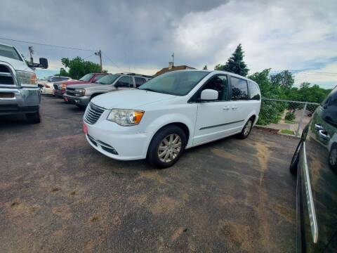 2014 Chrysler Town and Country for sale at Geareys Auto Sales of Sioux Falls, LLC in Sioux Falls SD
