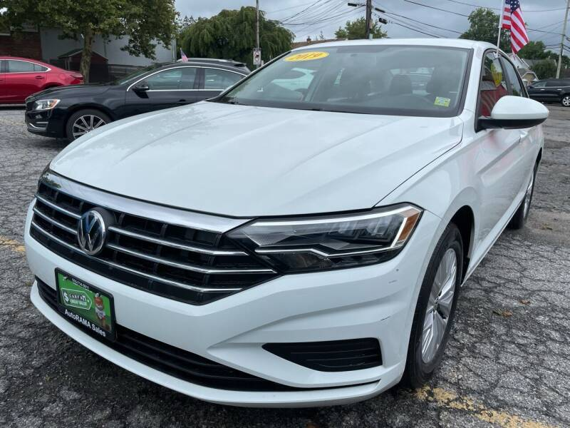 2019 Volkswagen Jetta for sale at AUTORAMA SALES INC. in Farmingdale NY