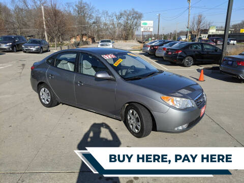 2009 Hyundai Elantra for sale at AmericAuto in Des Moines IA