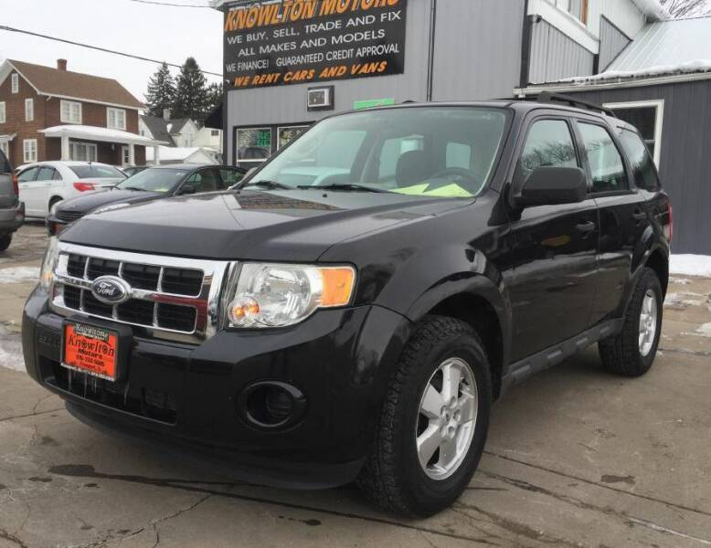 2011 Ford Escape for sale at Knowlton Motors, Inc. in Freeport IL