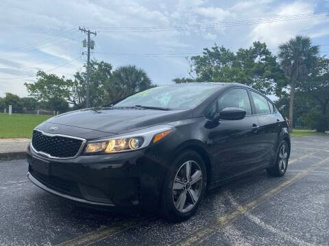 2018 Kia Forte for sale at Lamberti Auto Collection in Plantation FL