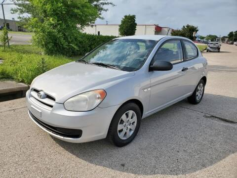 2009 Hyundai Accent for sale at DFW Autohaus in Dallas TX