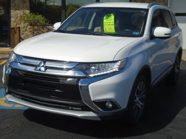 2018 Mitsubishi Outlander for sale at Rogos Auto Sales in Brockway PA