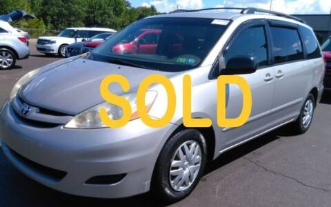 2007 Toyota Sienna for sale at Precision Automotive Group in Youngstown OH