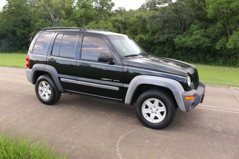 2003 Jeep Liberty for sale at Clear Lake Auto World in League City TX