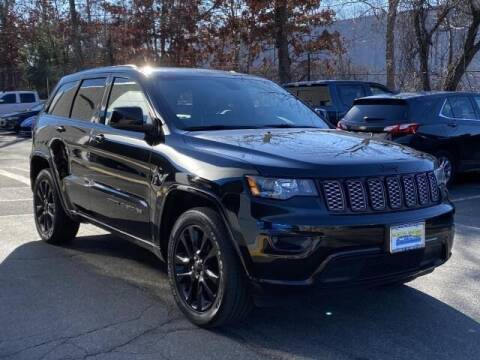2019 Jeep Grand Cherokee for sale at CHEVROLET OF SMITHTOWN in Saint James NY