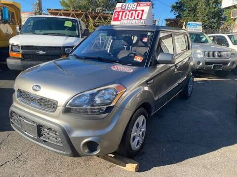2013 Kia Soul for sale at Drive Deleon in Yonkers NY