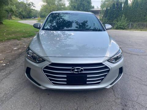 2018 Hyundai Elantra for sale at Triangle Auto Sales in Elgin IL
