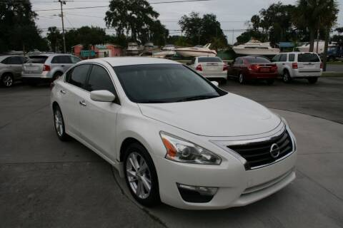 2014 Nissan Altima for sale at Mike's Trucks & Cars in Port Orange FL