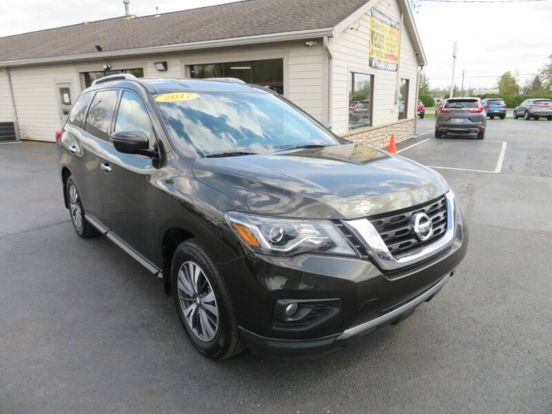 2017 Nissan Pathfinder for sale at Tri-County Pre-Owned Superstore in Reynoldsburg OH