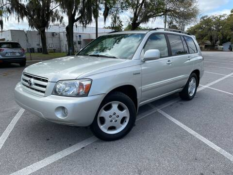 2005 Toyota Highlander for sale at CHECK  AUTO INC. in Tampa FL