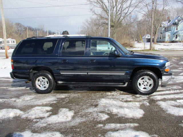 2006 Chevrolet Suburban for sale at Taylors Auto Sales in Canton OH