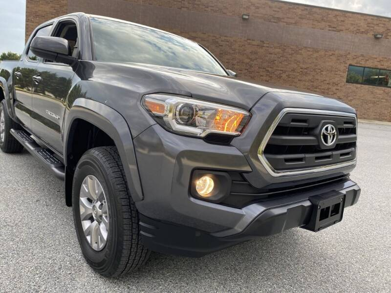 2017 Toyota Tacoma 4x4 SR5 V6 4dr Double Cab 5.0 ft SB - West Chester PA