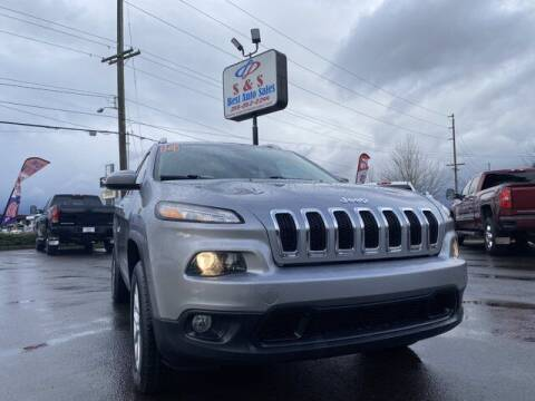 2014 Jeep Cherokee for sale at S&S Best Auto Sales LLC in Auburn WA