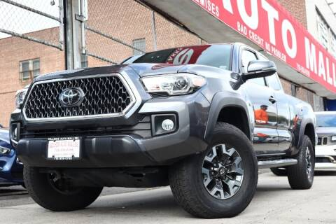 2018 Toyota Tacoma for sale at HILLSIDE AUTO MALL INC in Jamaica NY