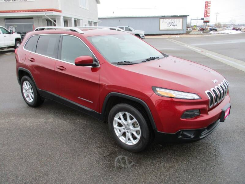2017 Jeep Cherokee for sale at West Motor Company in Hyde Park UT