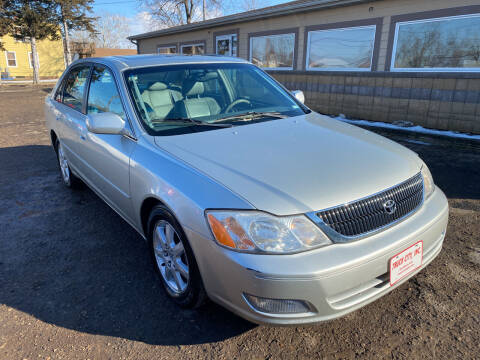 2000 Toyota Avalon for sale at Truck City Inc in Des Moines IA