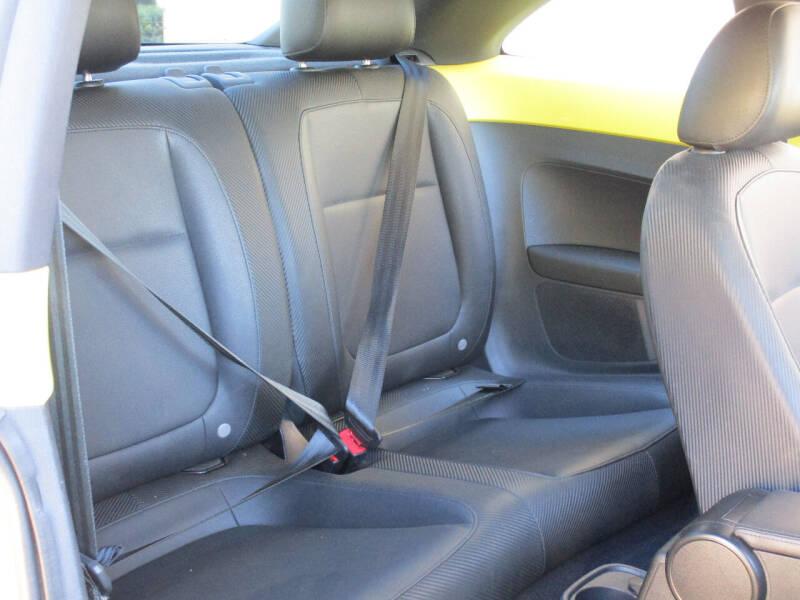 2012 Volkswagen Beetle 2.5L PZEV 2dr Coupe 6A - Dallas TX