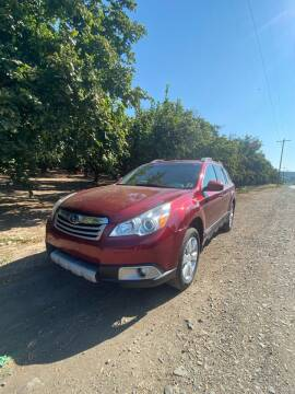 2011 Subaru Outback for sale at M AND S CAR SALES LLC in Independence OR