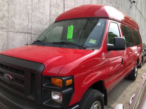 2008 Ford E-Series Cargo for sale at Deleon Mich Auto Sales in Yonkers NY